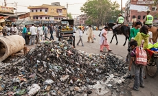 Waste Management : Challenges and Solutions in India