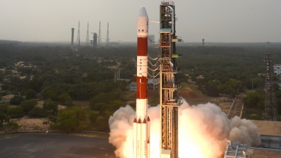 Mass Satellites to be launched again : Countdown begins, ISRO about to launch 31 satellites